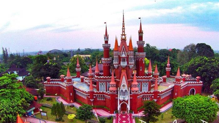 Taman Mini - Địa điểm du lịch ở Jakarta