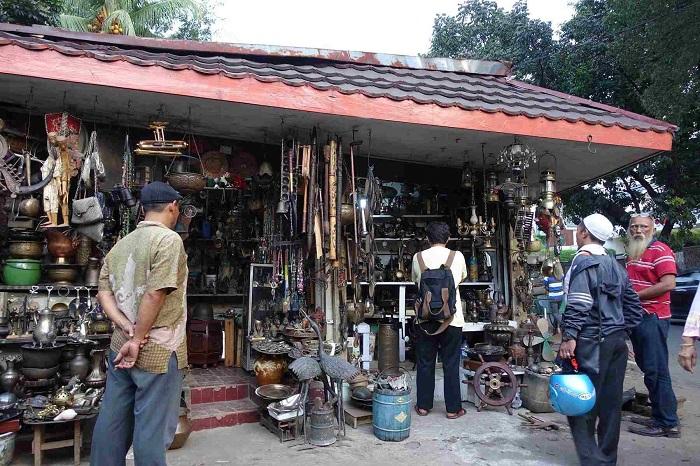 Stroll Jalan Surabaya - Địa điểm du lịch ở Jakarta