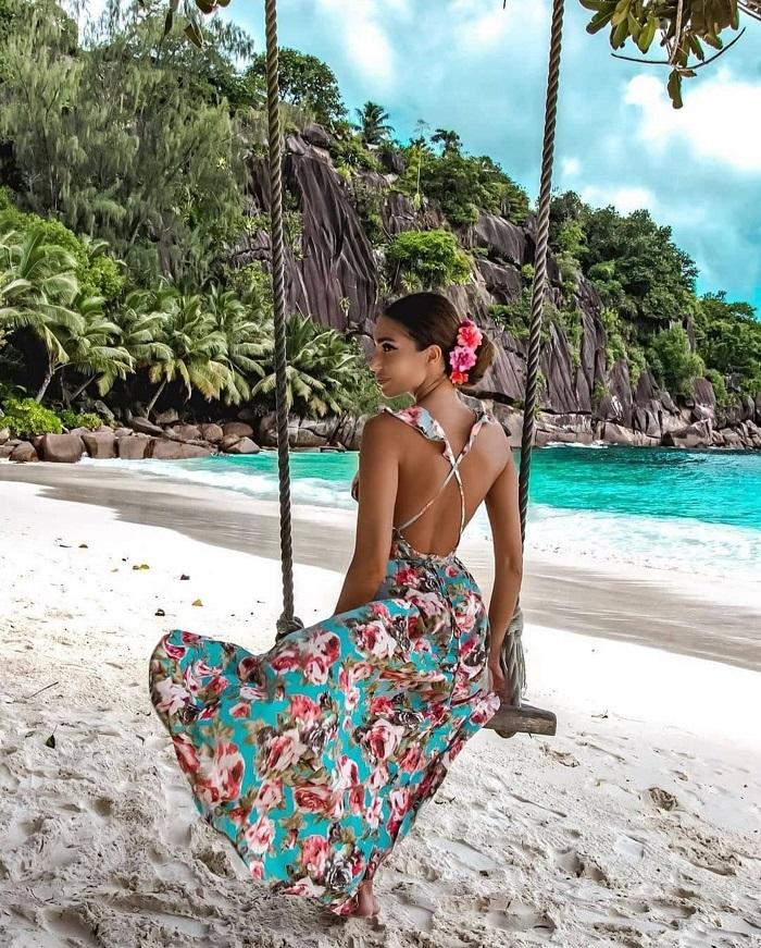 Khung cảnh tuyệt đẹp tại một trong những bãi biển của Seychelles - Du lịch Seychelles