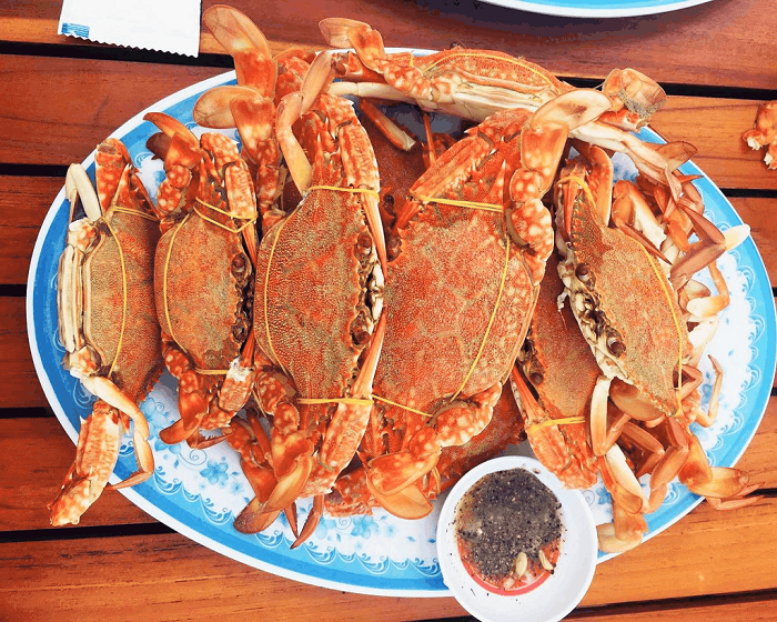 Traveling to the South of Phu Quoc Island - eating and drinking