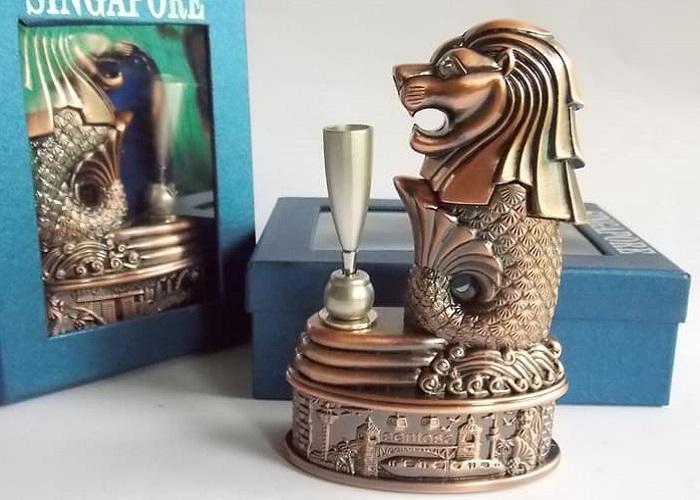 Du lịch Singapore mua gì làm quà? Các món đồ lưu niệm hình sư tử biển - Món quà nên mua khi đến Singapore