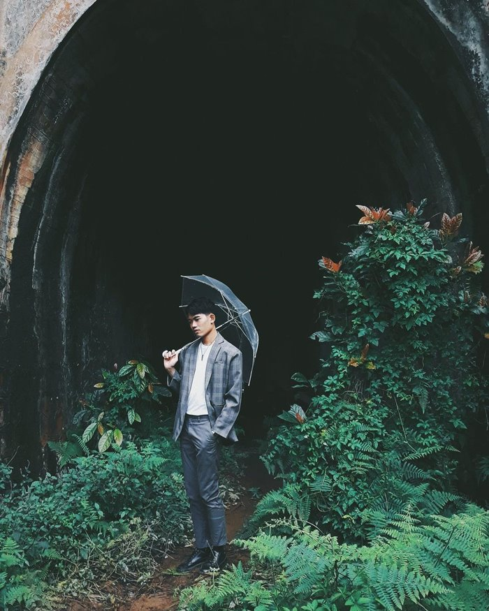Visit the railway tunnel - an abandoned place in Da Lat