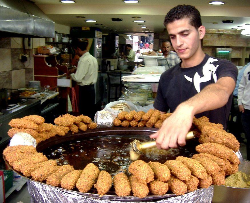 Falafel ở Israel - Top 16 món ăn đường phố ngon nhất thế giới