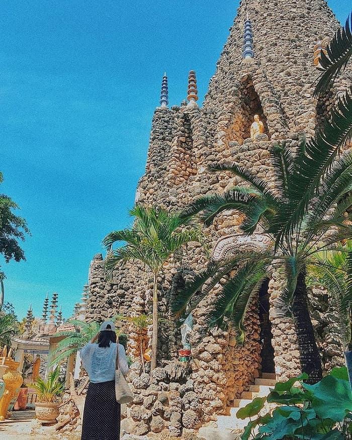 Tòa bảo tháp ở chùa Từ Vân Nha Trang