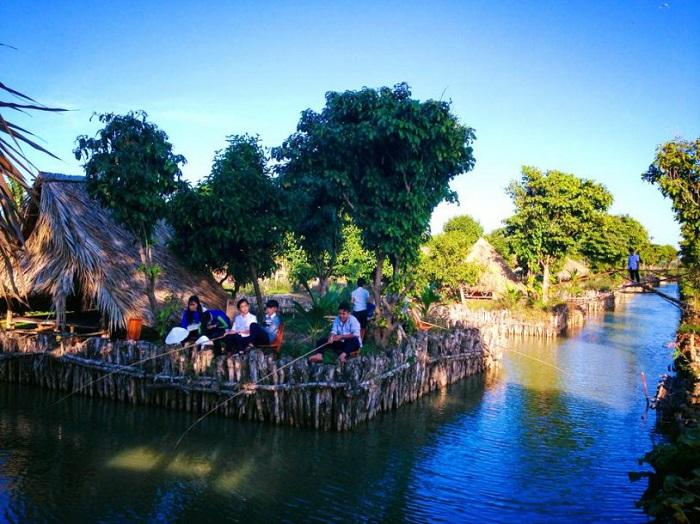 Tu Phuong That Dao eco-tourism area - fishing