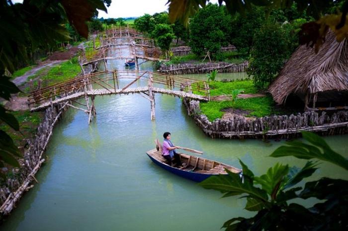Tu Phuong That Dao eco-tourism area - where?
