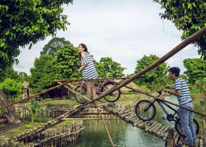 Tu Phuong That Dao eco-tourism area - beautiful scenery