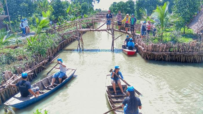 Tu Phuong That Dao eco-tourism area - have fun