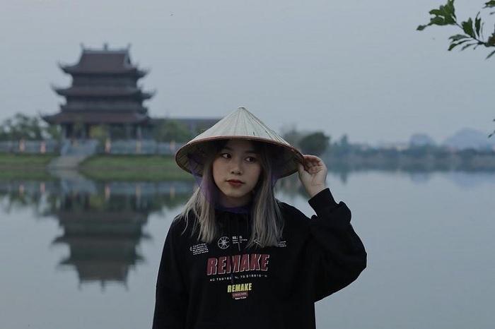 quần áo kín đáo - trang phục đến Chùa Vàng Ninh Bình