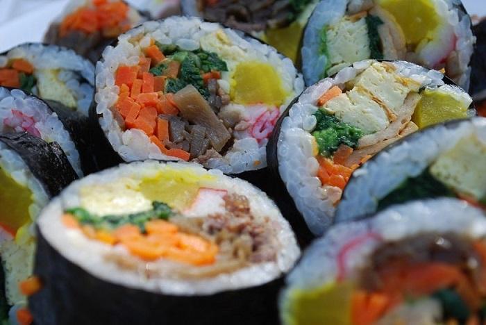 Kimbap tại Hàn Quốc - Top 16 món ăn đường phố ngon nhất thế giới