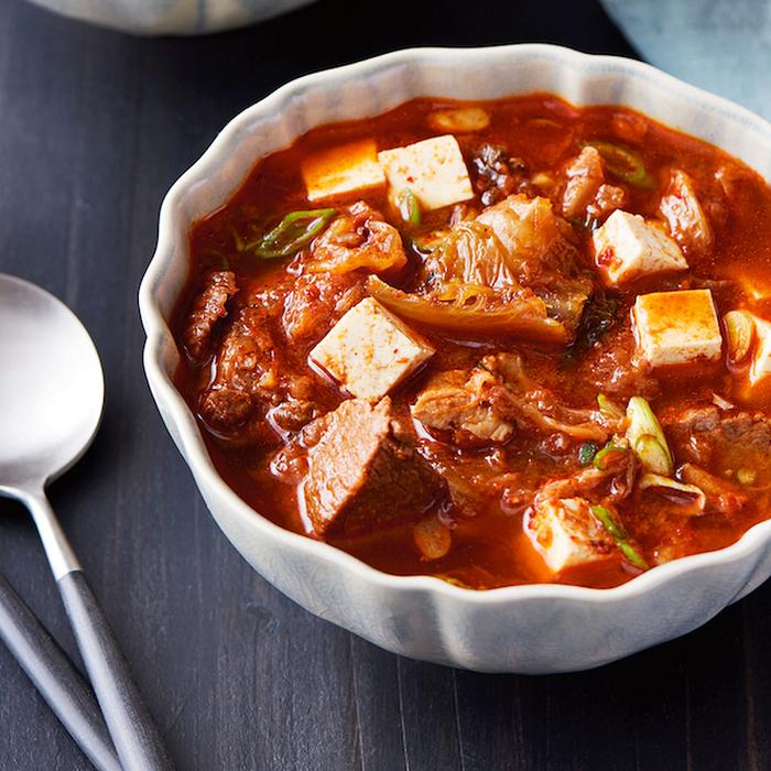Kimchi Jjigae - Món ăn cay nhất thế giới