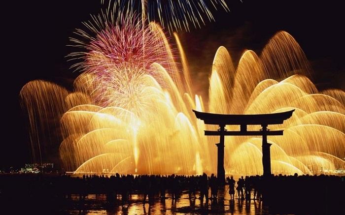 Sumidagawa - Lễ hội mùa hè ở Nhật Bản