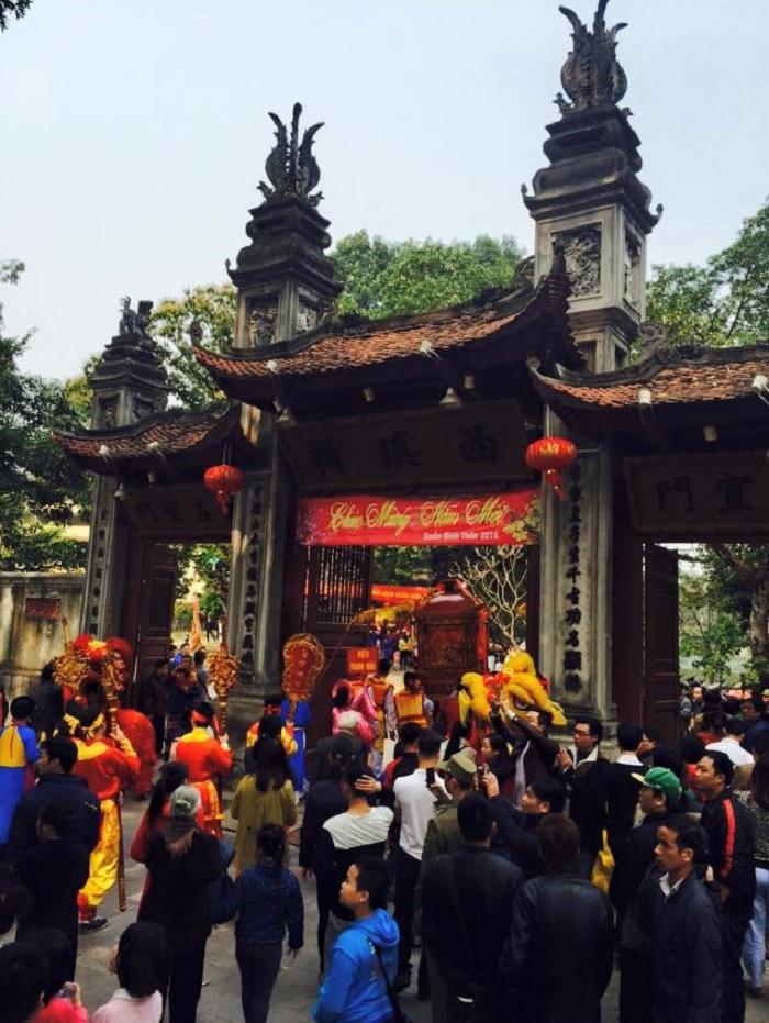 festival - happy winter day of Voi Phuc Temple