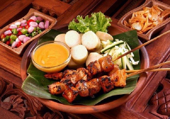 Thịt xiên nướng Satay - Món ăn truyền thống Malaysia