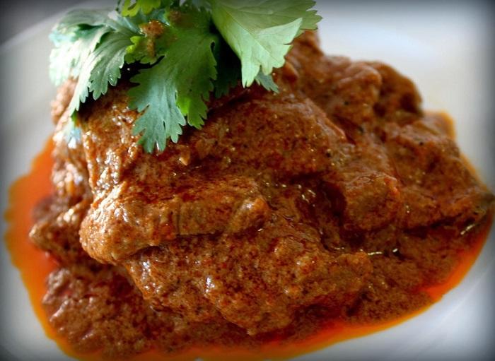 Rendang - Món ăn truyền thống Malaysia