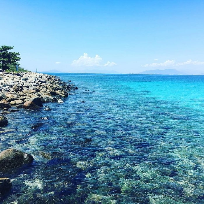 Swimming in Hon Mun Island