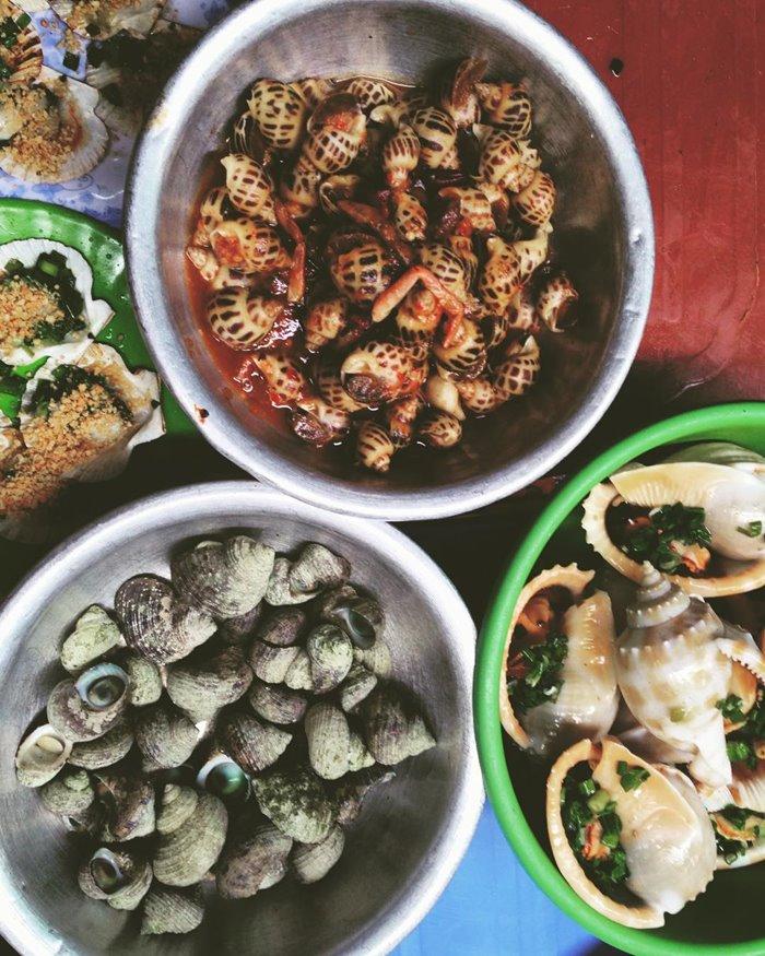 Ốc Nhưn Lương Sơn  - quán ốc ngon ở Nha Trang