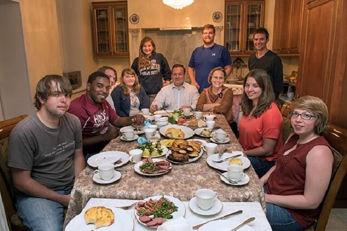 Phong tục ăn uống thừa hơn thiếu - Phong tục của người Nga