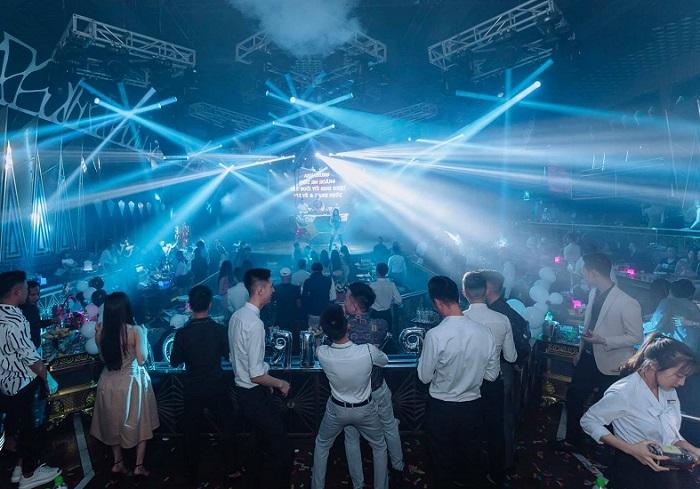 Những quán bar ở Hạ Long - New Hạ Long Club