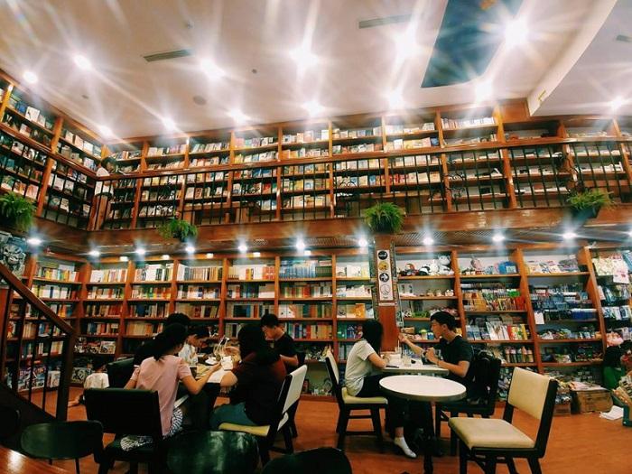 Những quán cafe sách ở Sài Gòn - Nhã Nam Thư Quán