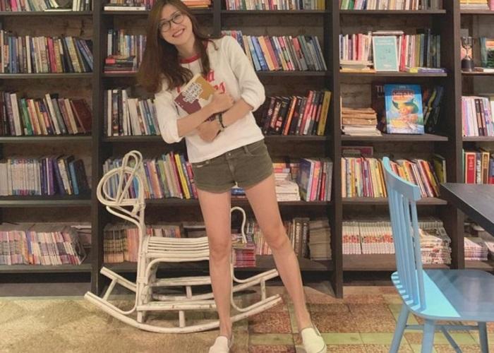 Những quán cafe sách ở Sài Gòn - The Hidden Elephant Books & Coffee