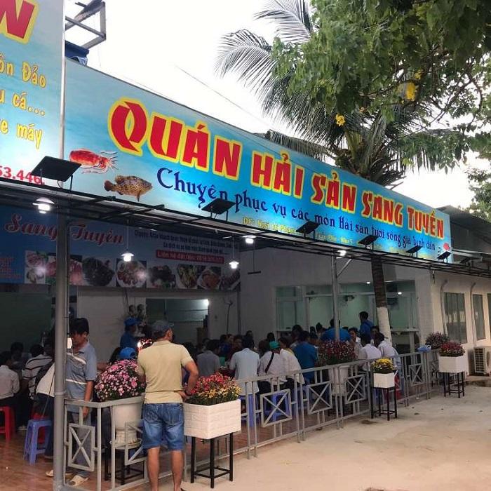 Những quán hải sản ngon rẻ ở Côn Đảo- quán Sang Tuyền