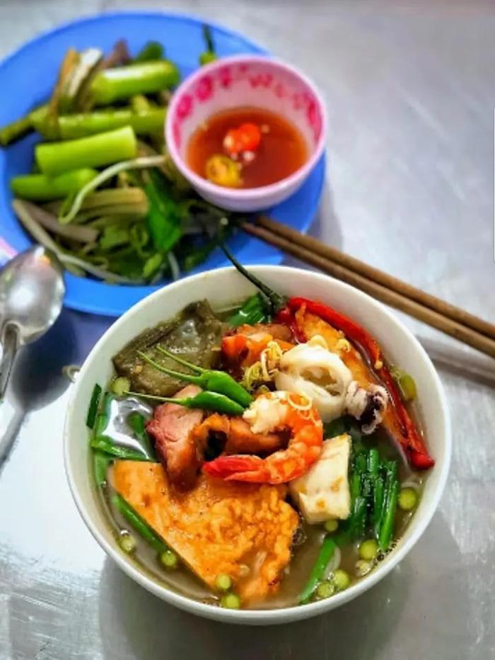 Bật mí top 10 quán ăn ngon Vĩnh Long - Rất nhiều đồ ăn hấp dẫn