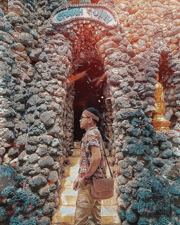 Di chuyển đến chùa Từ Vân Nha Trang