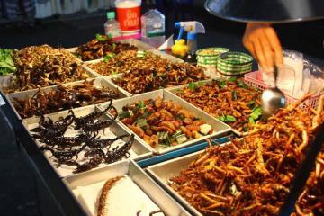 'Lật tung' Phuket tìm kiếm các điểm ăn vặt ngon, bổ, rẻ