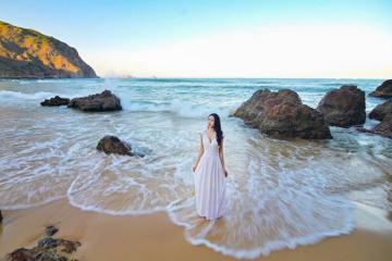 Sủng Cỏ Đà Nẵng - bãi biển đẹp hút hồn ở cửa vịnh Đà Nẵng