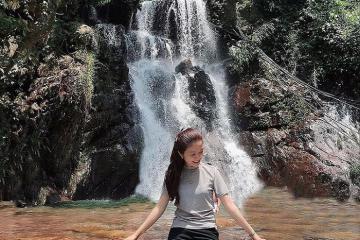 Trót 'say' trước vẻ đẹp phóng khoáng của thác Cổng Trời ở Thanh Hóa