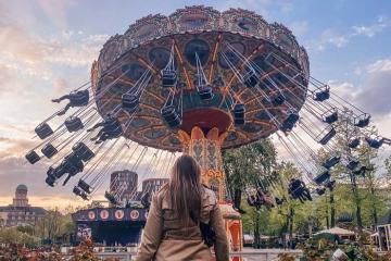 Cuộc dạo chơi kỳ thú trong khu vườn cổ tích Tivoli Gardens ở Copenhagen