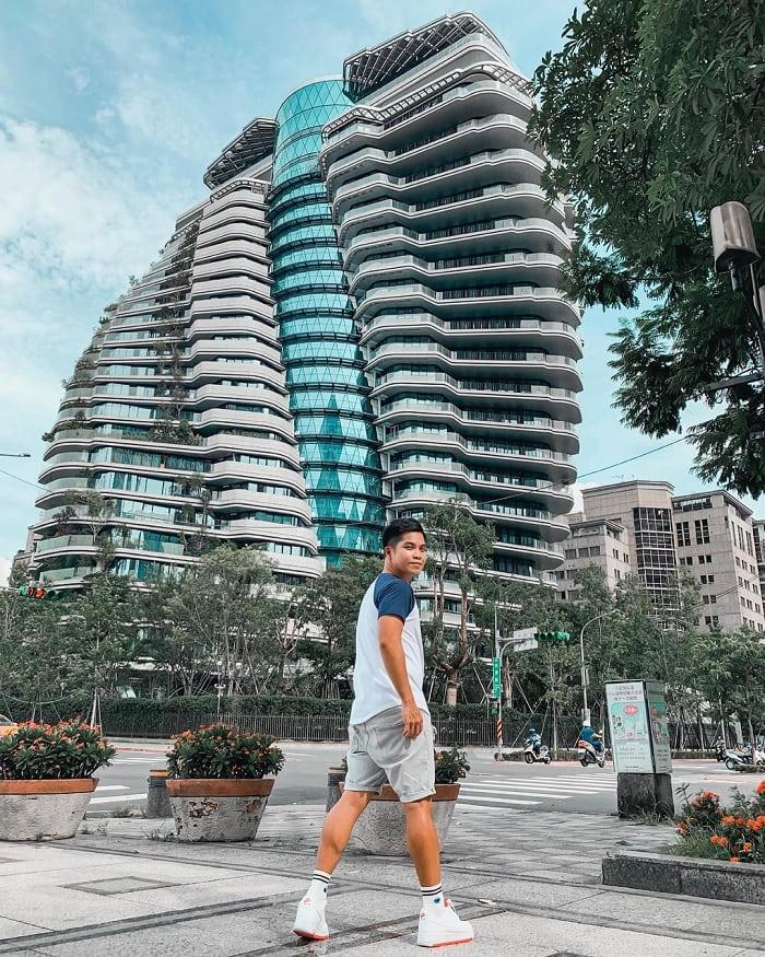 Mê mẩn kiến trúc có 1 – 0 – 2 của tòa nhà xoắn ốc Đài Loan
