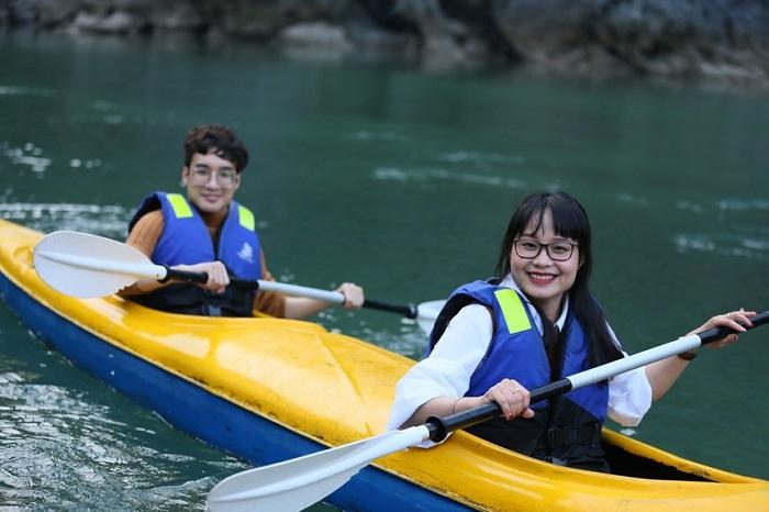 Chèo thuyền Kayak - Trải nghiệm ở Phan Thiết