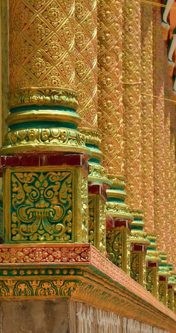 Check in chùa Cọc An Giang - Trên các trụ cột