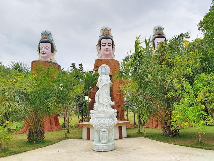 Vãn cảnh chùa Phật Học 2 - Tượng Quan Thế Âm