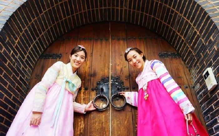 Tìm hiểu văn hóa đến nhà người Hàn Quốc