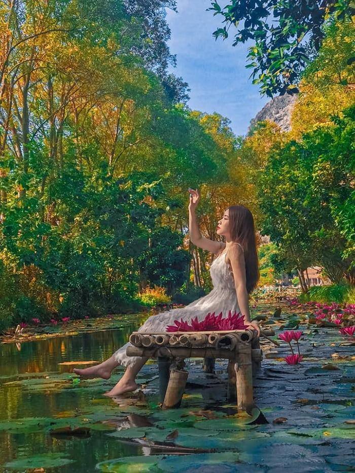 mùa thu - thời điểm đẹp đến du lịch suối Ấu Vĩnh An