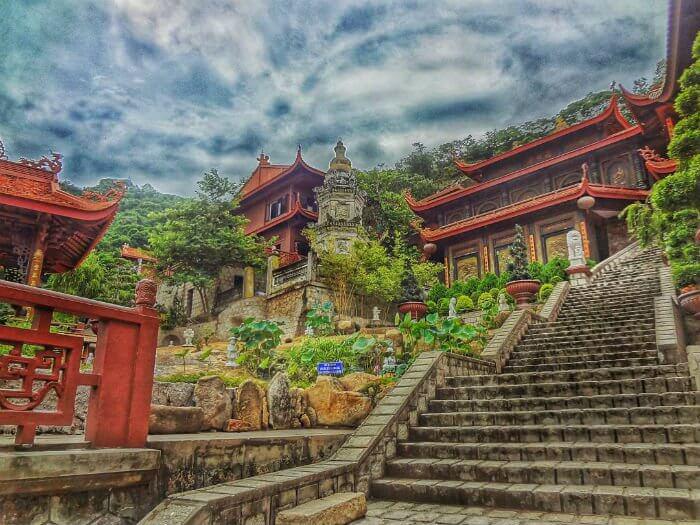 Lên lịch ngay ghé thăm tuyệt cảnh Chùa Hang Châu Đốc An Giang
