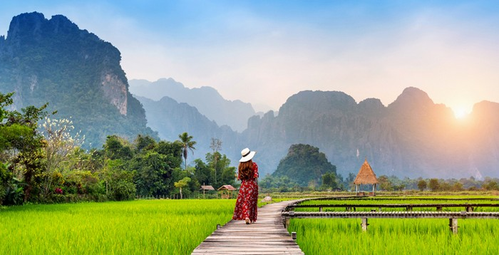 Experience in road travel to Laos from China