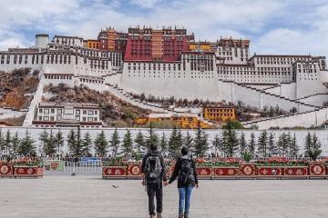 Kinh nghiệm du lịch Tây Tạng từ A - Z khám phá những điều huyền bí