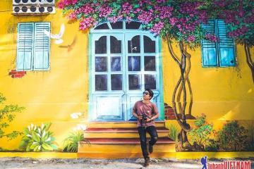 Xuất hiện làng bích họa mới toanh siêu HOT ngay ngoại thành Hà Nội
