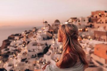 Hãy một lần ngắm cảnh hoàng hôn ở Santorini!
