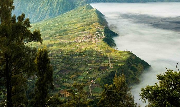 Làng Cemoro Lawang - leo lên đỉnh núi lửa Bromo