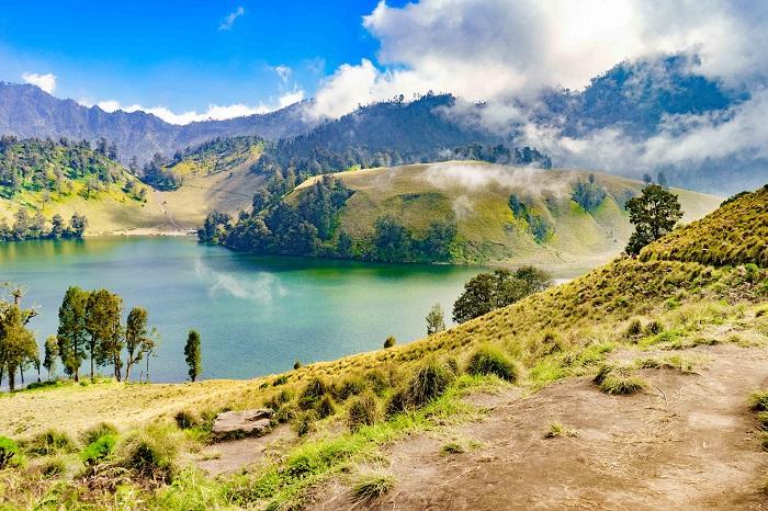 Hồ Ranu Pani  - leo lên đỉnh núi lửa Bromo