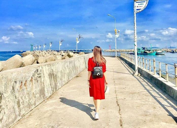 Beautiful beach in Phu Quoc - Dinh Cau Phu Quoc beach