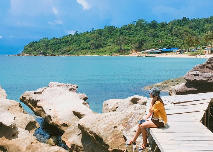 Beautiful beach in Phu Quoc - Bai Ganh Dau Phu Quoc
