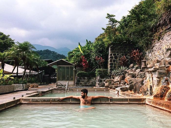 nhà tắm công cộng - điểm tắm chính tại suối nước nóng Xinbeitou