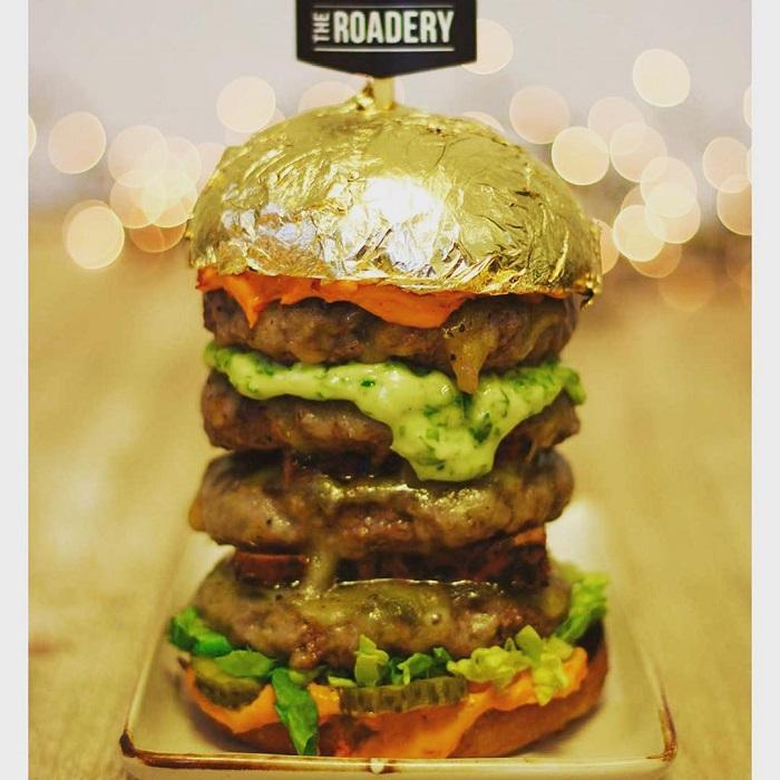 món ăn phủ vàng ở Dubai rẻ nhất là Burger Khalifa