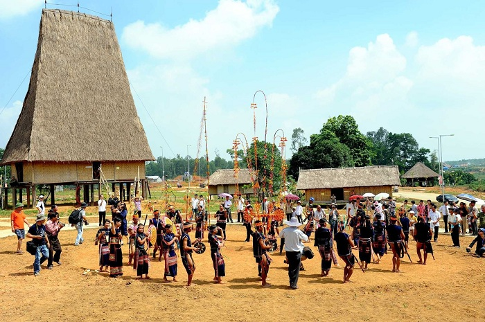 About the community of ethnic groups in Vietnam - ethnic groups in the Central Highlands